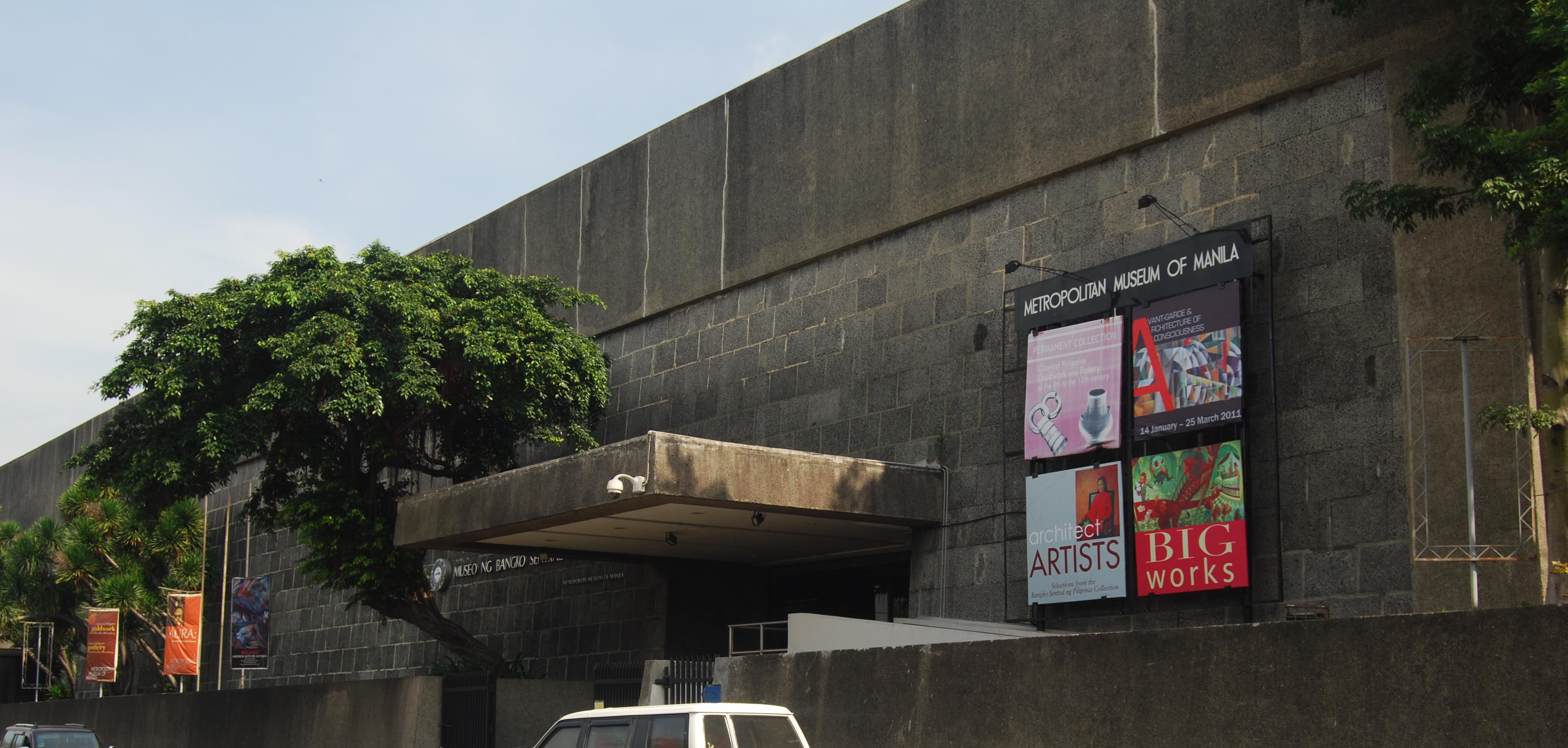 Rizal Park Hotel - Metropolitan Museum of Arts