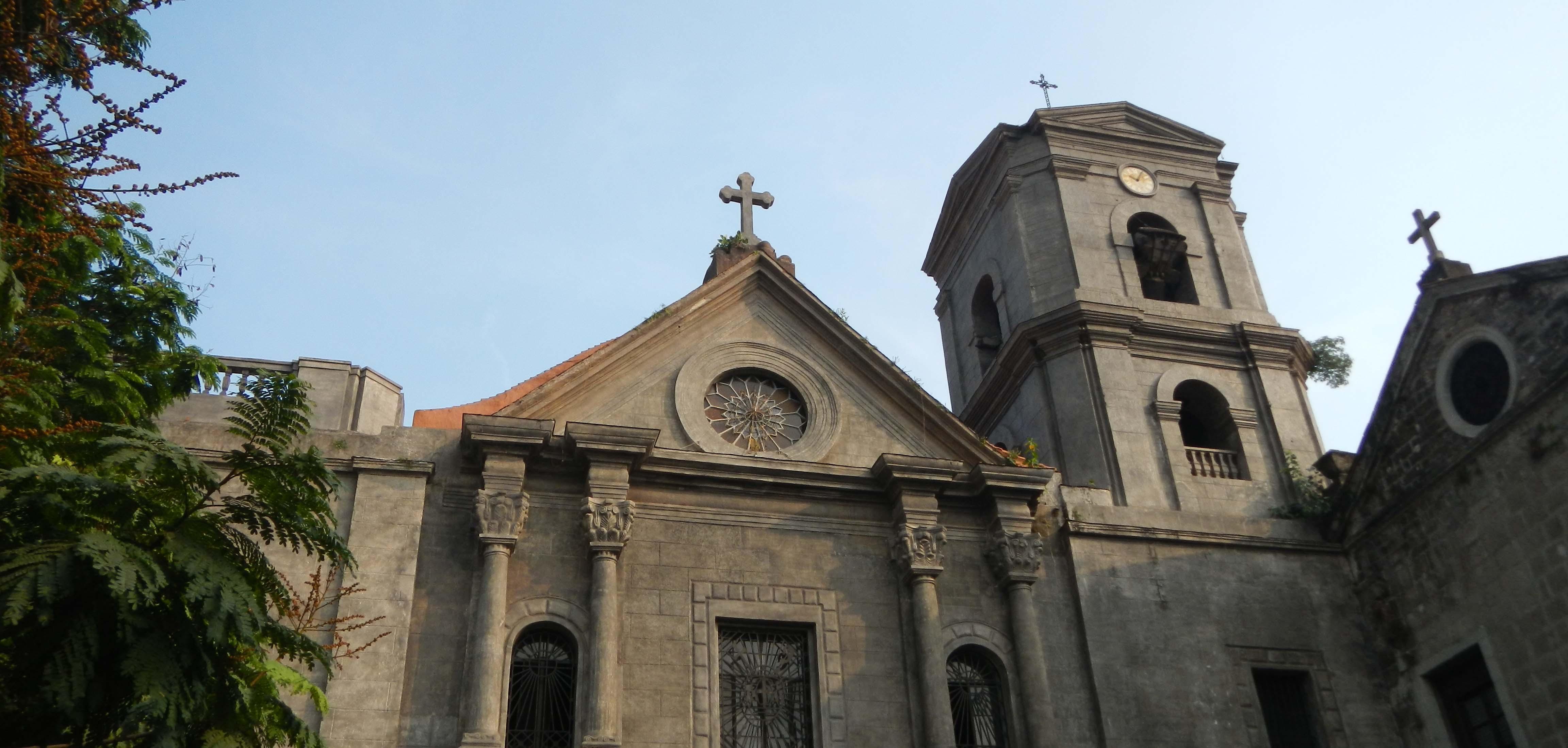 Rizal Park Hotel - San Agustin Church