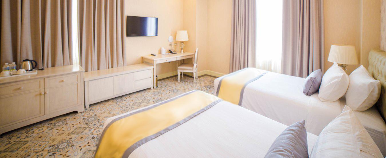 Rizal Park Hotel - room